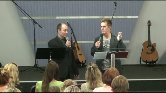 Dr. Bill Moore - Obnovující Bůh