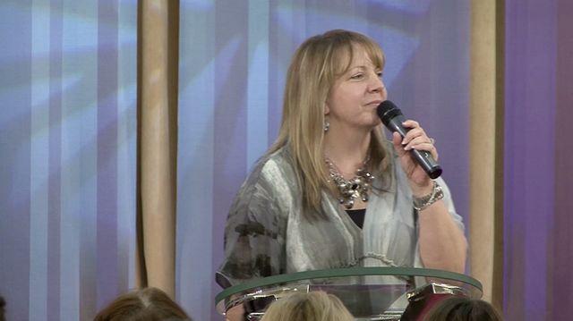 Dr. Anne Moore - Dobehni svoj beh