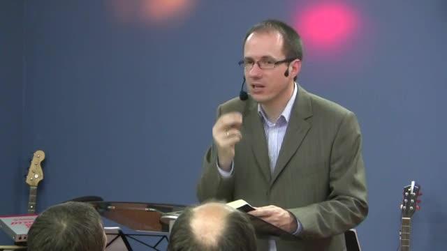 Daniel ŠOBR - Skúmaj Písma a hľadaj Boha